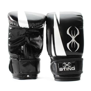 Sting ArmaPro Bag Mitts - Black/White